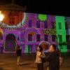 Τα χρώματα, τα σχέδια και το φώς του Νίκου Αλεξίου ζωντανεύουν στην οδό Αιόλου