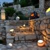 Ηλιοβασίλεμα στους Παξούς με φωτιστικά κεραμικά