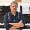 Ο Κώστας Καζαμιάκης συζητά για τη μουσική με τον καρδιολόγο Θενάση Δρίτσα