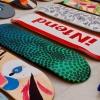 17 καλλιτέχνες ζωγραφίζουν σε σανίδες skateboarding